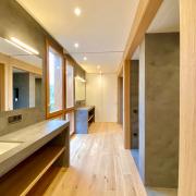 Baños de P1 abiertos
